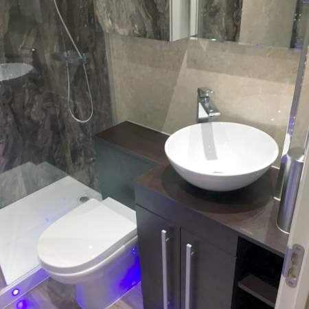 Deluxe Bathroom installers in Tamworth and all The Midlands
