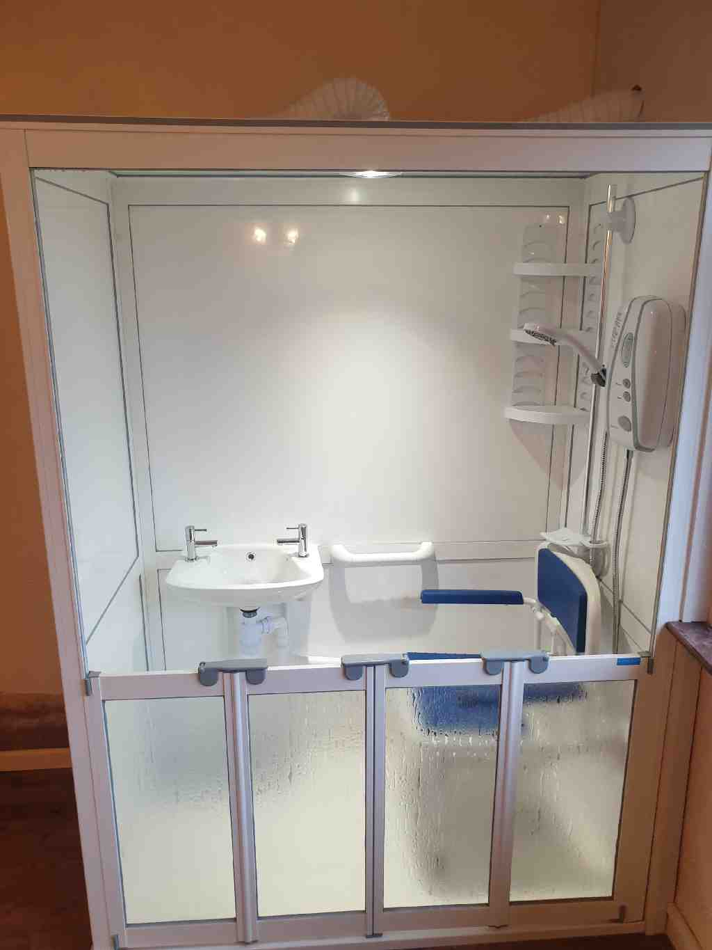 Gallery Standalone shower enclosures cubicles cabins 01