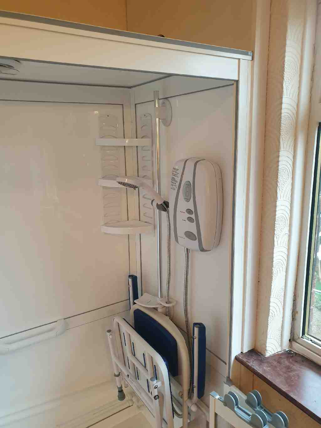 Gallery Standalone shower enclosures cubicles cabins 02