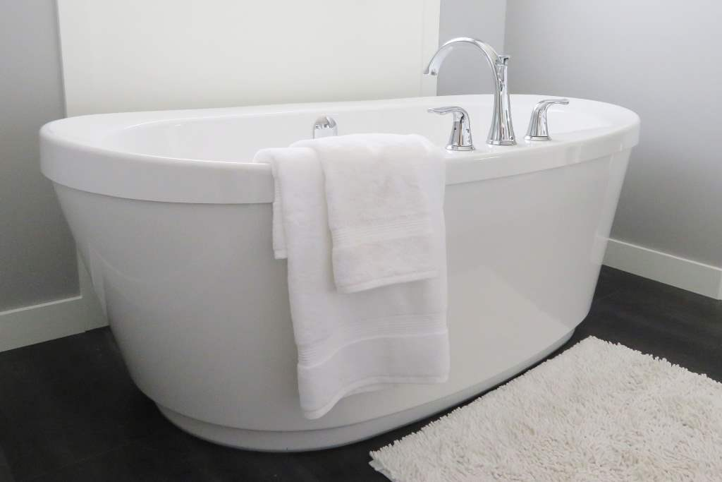 Stand alone bathtub as an example of Luxury Bathrooms we install in Tamworth bathrooms
